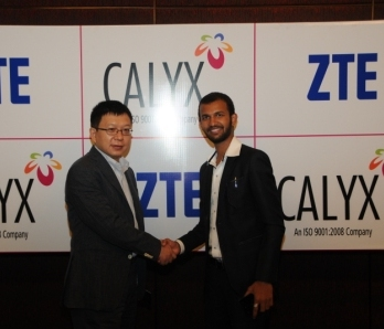 (L) Mr. Xu Dejun, CEO, ZTE India (R) Dr. Gaurav Somani, Executive Director, Calyx Telecommunications