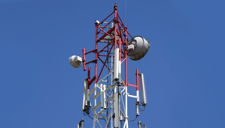 Telecom Commission imposes 3%  spectrum fee for next auction - The Indian Express