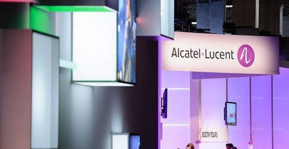 alcatel-lucent-booth