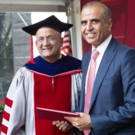Sunil Mittal receiving Harvard Business School Award