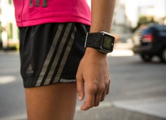 ZTE plans to launch smartwatch early next year to take on Samsung, Sony