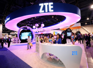 ZTE_CES_Booth