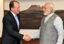 Cisco Chairman John Chambers and PM Narendra Modi