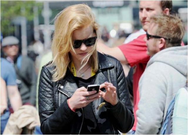 Vodafone customer with smartphone