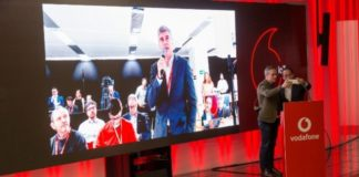 Vodafone makes first 5G call with Huawei