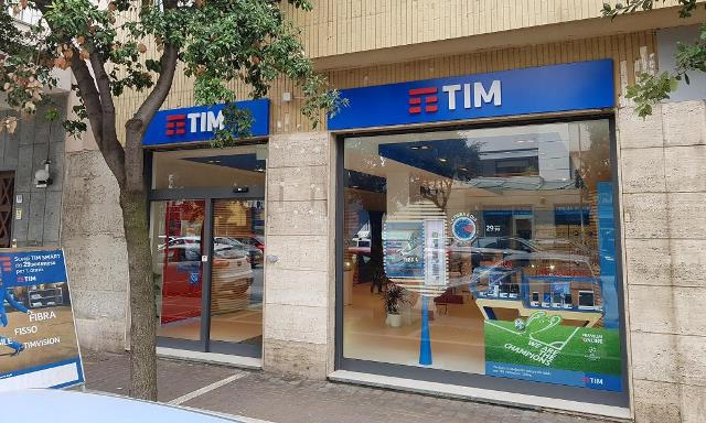 Telecom Italia's 4,000 workers face temporary layoff | TelecomLead
