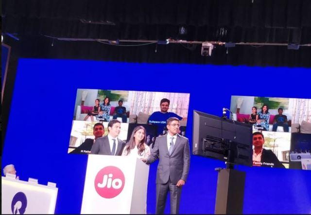 Isha and Akash Ambani at RIL AGM in 2019
