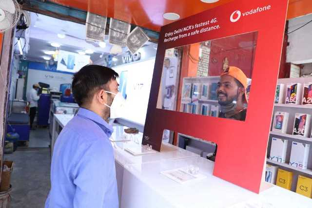 Vodafone Idea retail shop during Covid-19