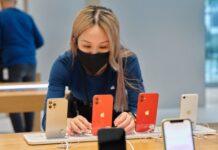 Apple iphone 12 5G smartphone in Singapore